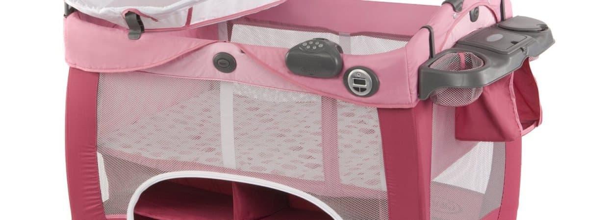 graco contour prestige un lit parapluie tr s complet babybed. Black Bedroom Furniture Sets. Home Design Ideas